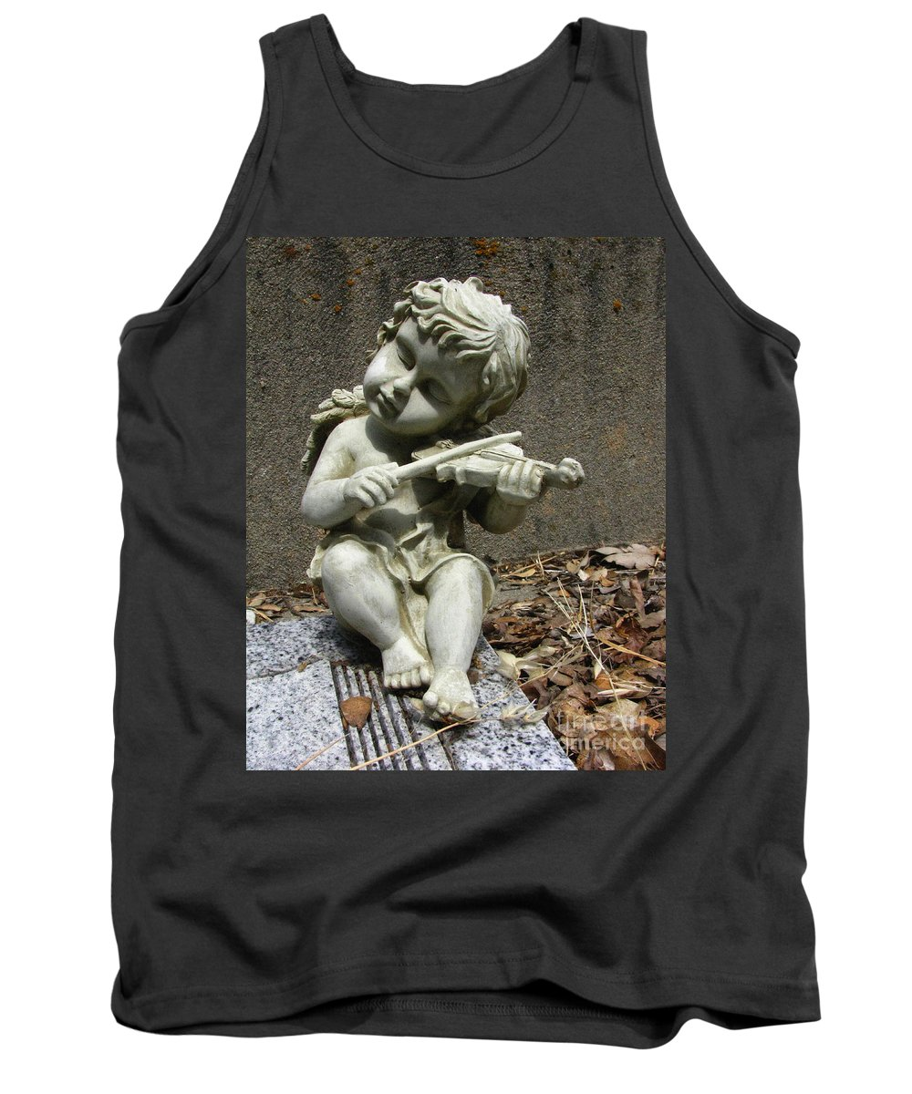 Cupid Tank Top featuring the photograph The Musician 03 by Peter Piatt
