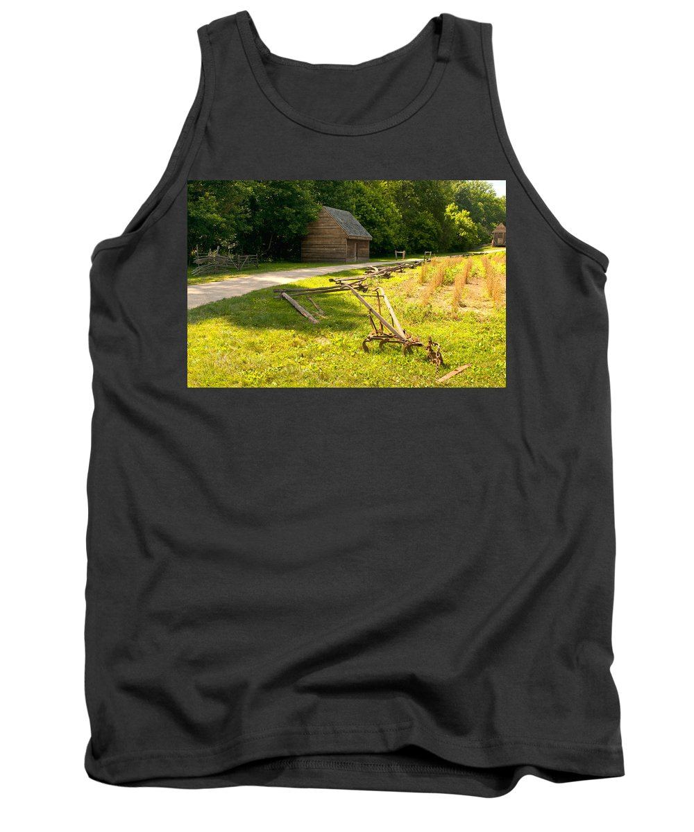 Mount Vernon Tank Top featuring the photograph Tools Of The Trade by Paul Mangold