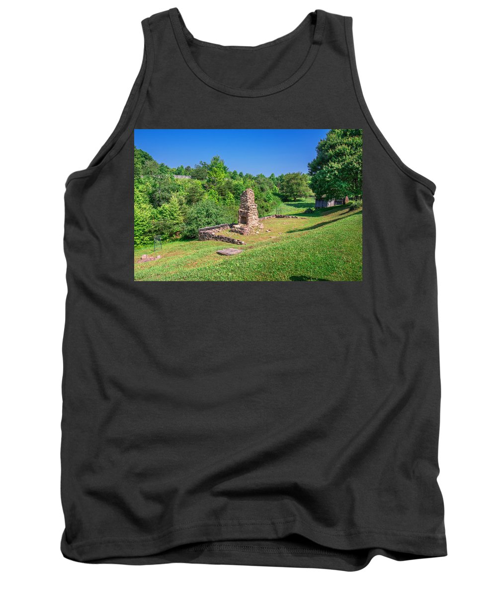 Cumberland Gap National Historical Park Tank Top featuring the photograph Willie Gibbons House by Mary Almond