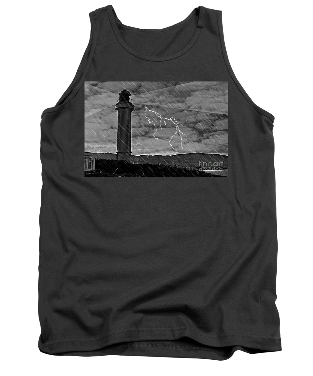 Landscape Tank Top featuring the photograph Wollongong 6 by Ben Yassa
