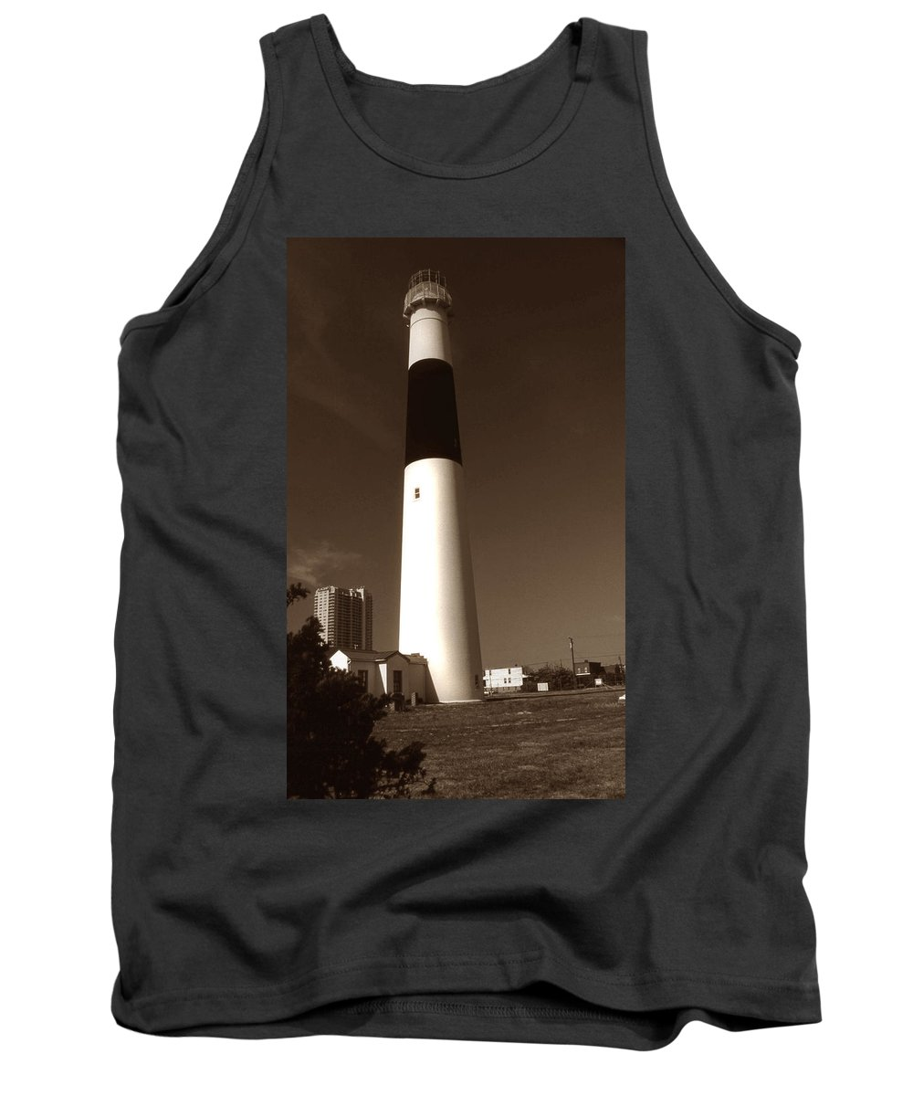 Absecon Tank Top featuring the photograph Absecon Lighthouse by Skip Willits