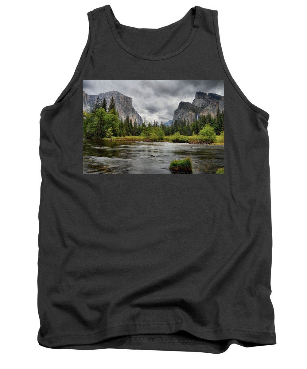 Yosemite Tank Top featuring the photograph Yosemite's Valley View by Lynn Bauer