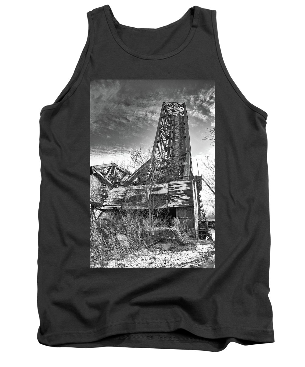 Bridge Tank Top featuring the photograph Buffalo Bridges 10624b by Guy Whiteley