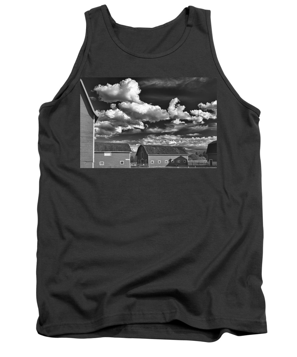 Barn Tank Top featuring the photograph Clouds Over Knox 13804b by Guy Whiteley