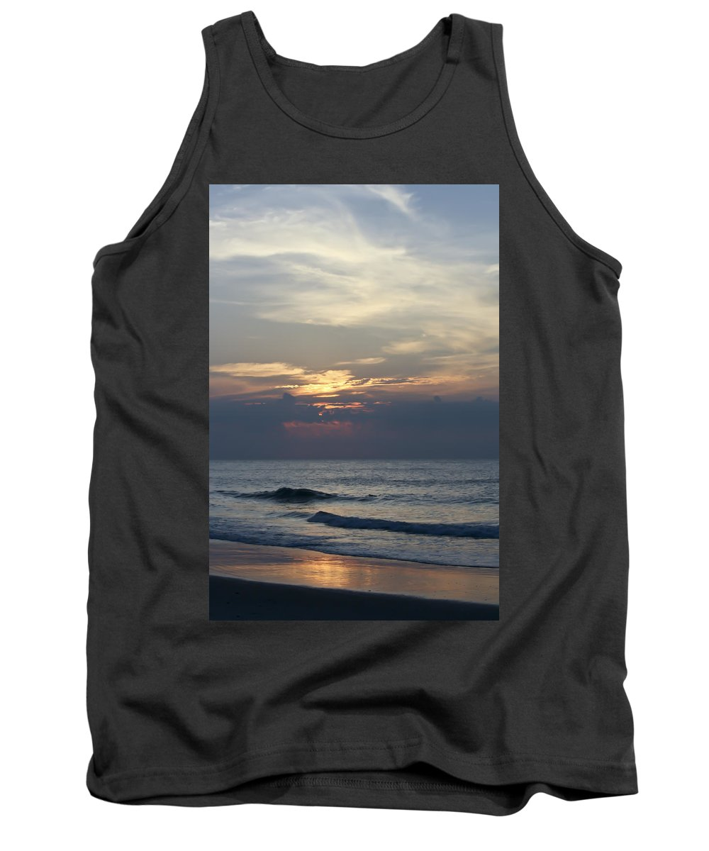 Sunrise Tank Top featuring the photograph Daylight Approaches 2 by Teresa Mucha