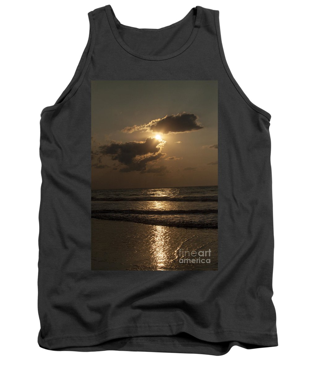 Sunrise Tank Top featuring the photograph East Coast Sunrise by Darleen Stry