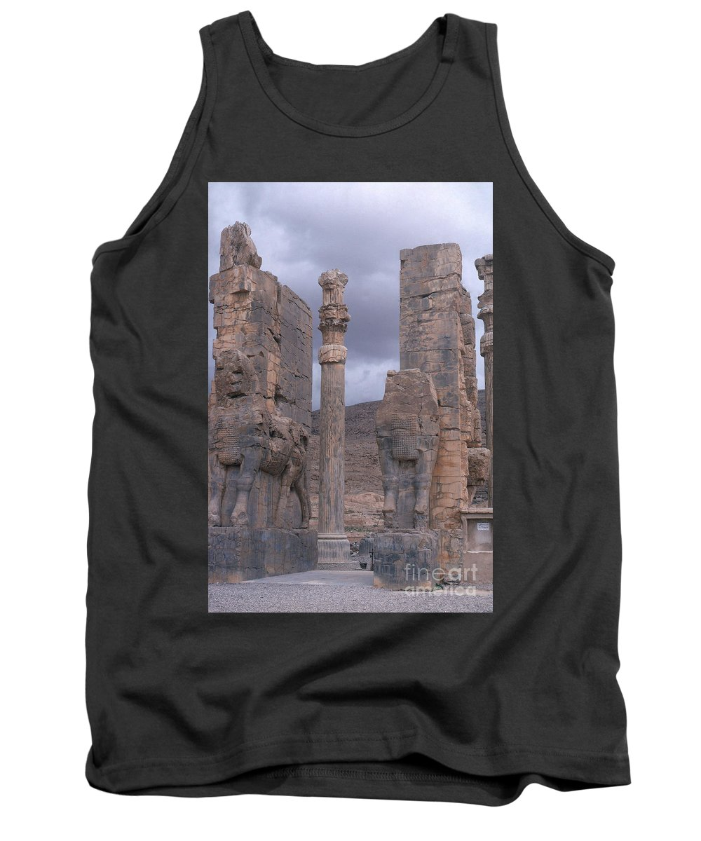 Xerxes Tank Top featuring the photograph Gate Of Xerxes by Photo Researchers