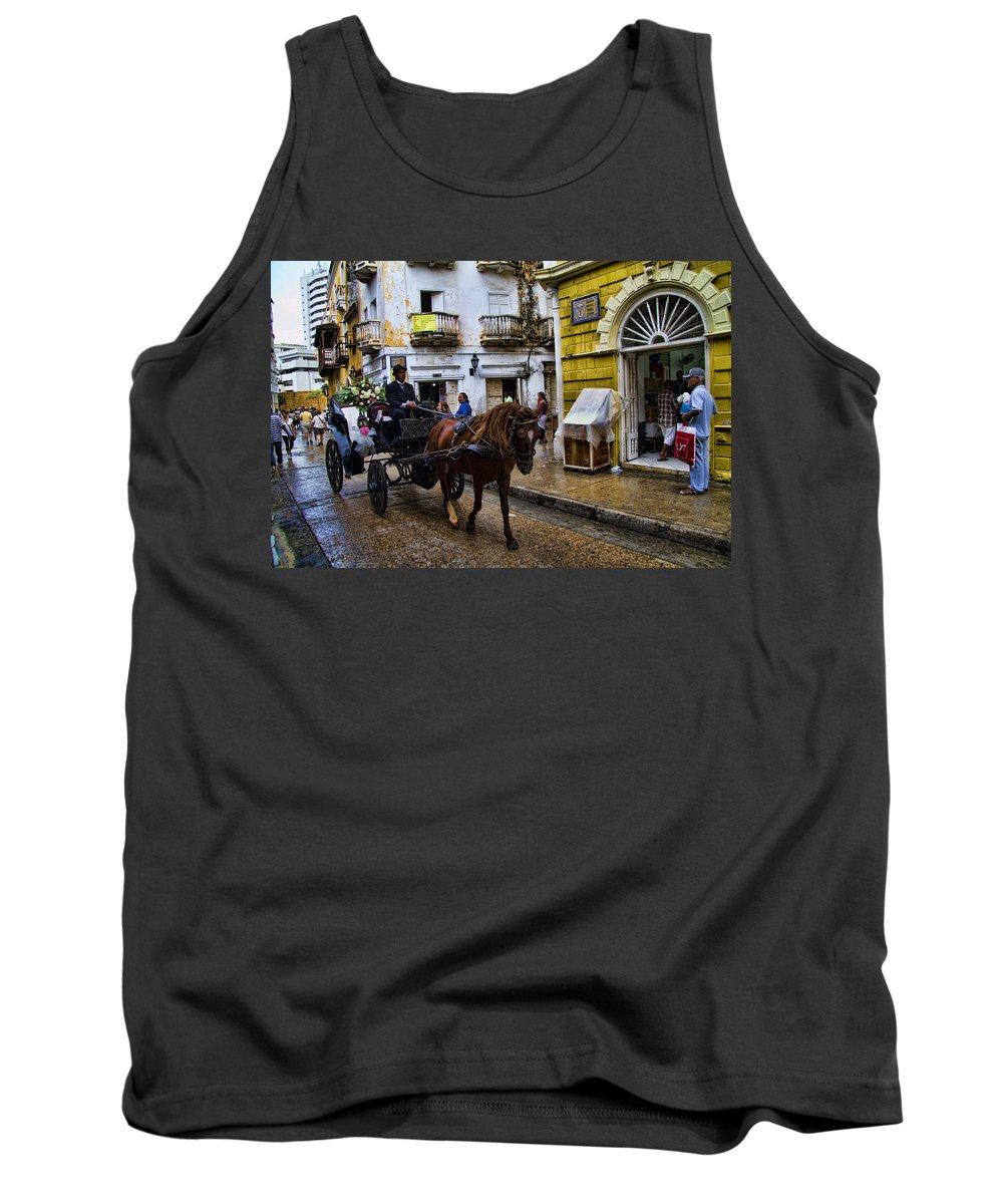 Cartagena Tank Top featuring the photograph Horse And Buggy In Old Cartagena Colombia by David Smith