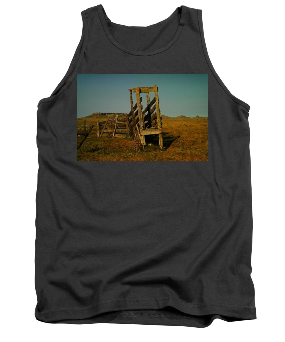 Rural Tank Top featuring the photograph Livestalk Loader In South Dakota by Jeff Swan