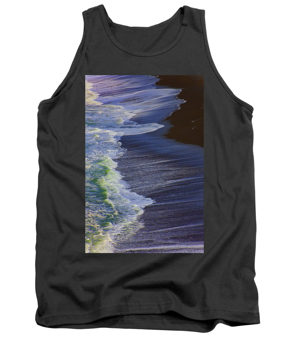 Ocean Tank Top featuring the photograph Ocean Waves by Garry Gay