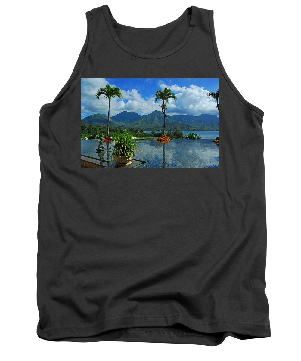 Fountain Tank Top featuring the photograph Rooftop Fountain In Paradise by Lynn Bauer