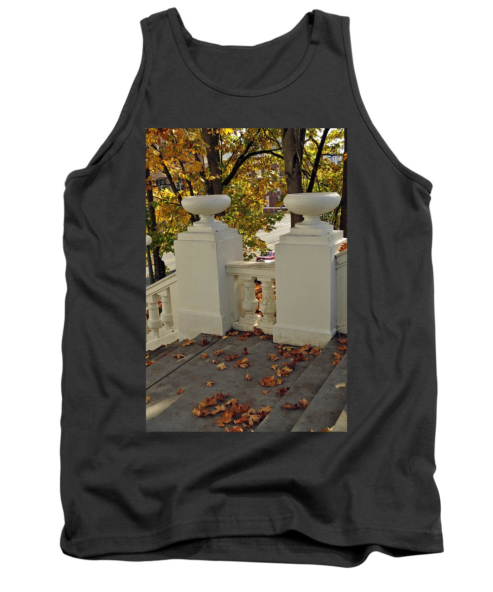 Tacoma Tank Top featuring the photograph Spanish Steps IIi by Tikvah's Hope
