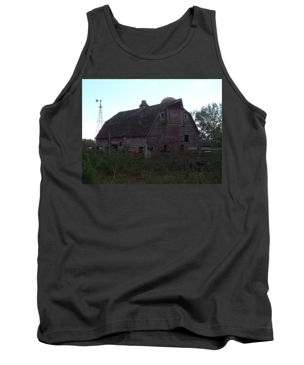 Barn Tank Top featuring the photograph The Barn IIi by Bonfire Photography