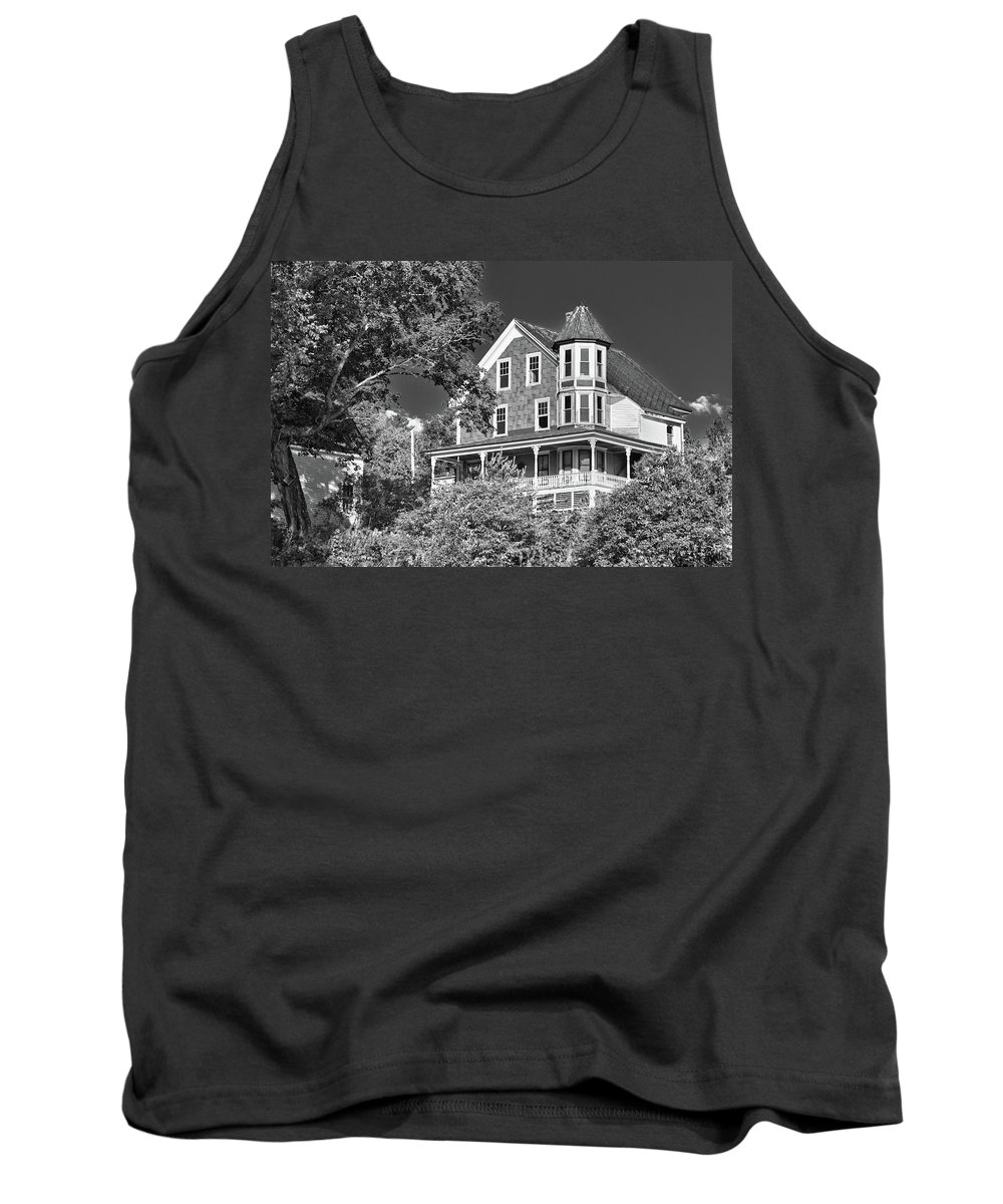 Guy Whiteley Photography Tank Top featuring the photograph The Old Homestead by Guy Whiteley