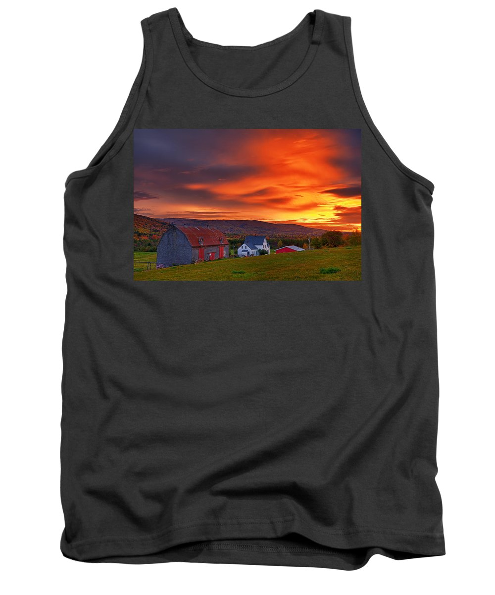 Farm Tank Top featuring the photograph Farm At Sunset In Wentworth Valley by Irwin Barrett
