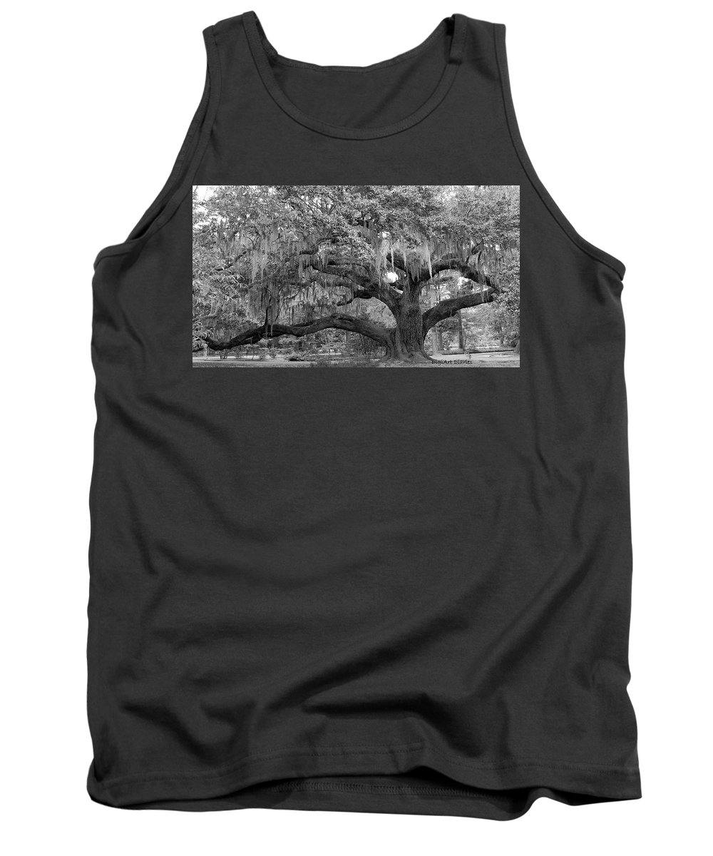 Tree Tank Top featuring the digital art Sprawling Live Oak by DigiArt Diaries by Vicky B Fuller