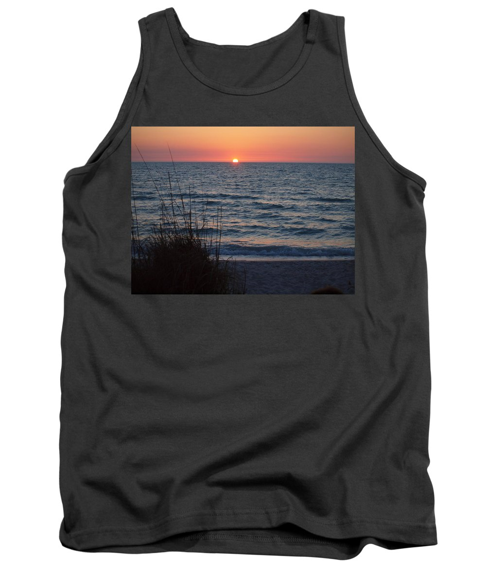 Florida Beaches Tank Top featuring the photograph A Country Sunset by Robert Margetts