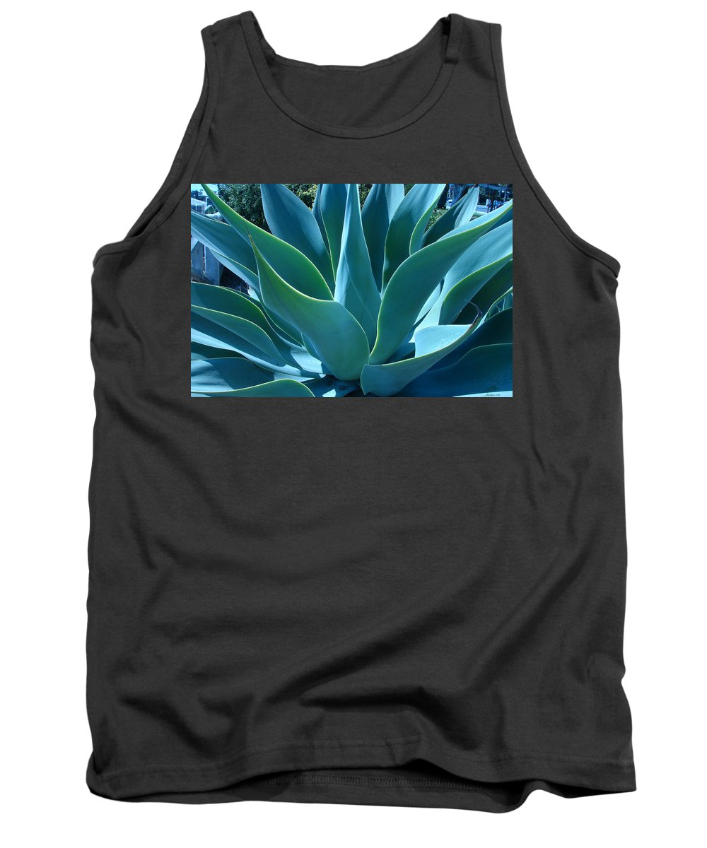 Abstract Tank Top featuring the photograph Aloe 2 by Lois Boyce