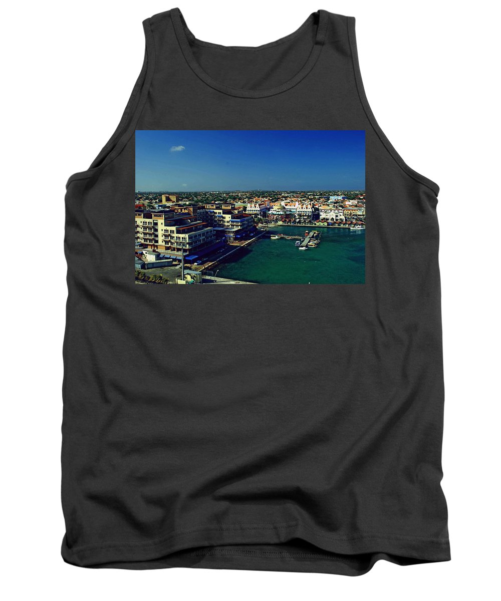 Caribbean Tank Top featuring the photograph Aruba by Gary Wonning