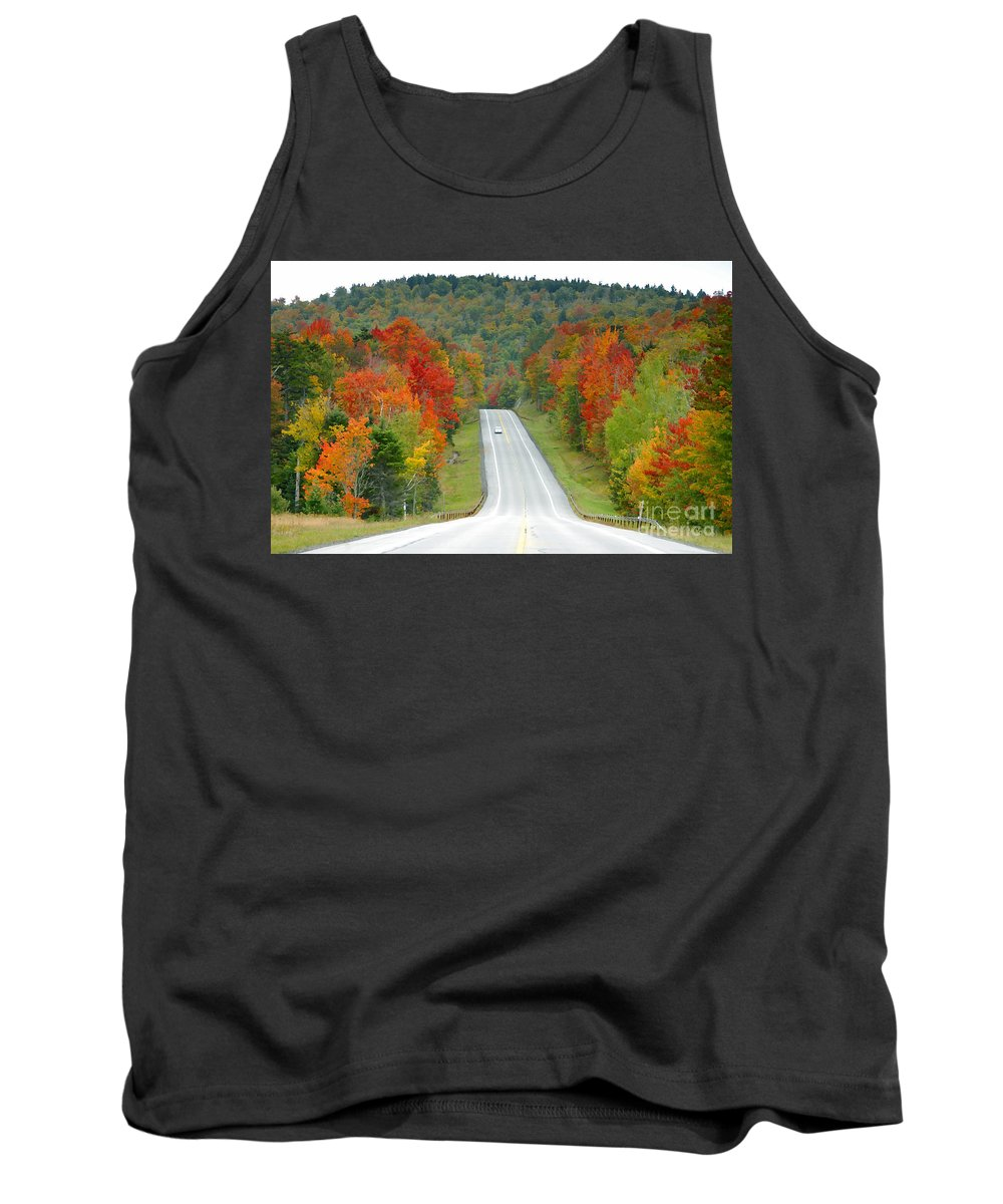Autumn Tank Top featuring the photograph Autumn Drive by David Lee Thompson