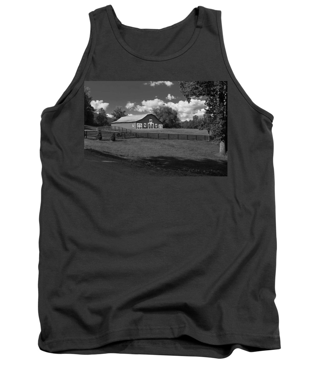Yonah Mountain Winery Tank Top featuring the photograph Barn At Yonah Mountain In Black And White 4 by Spencer Studios