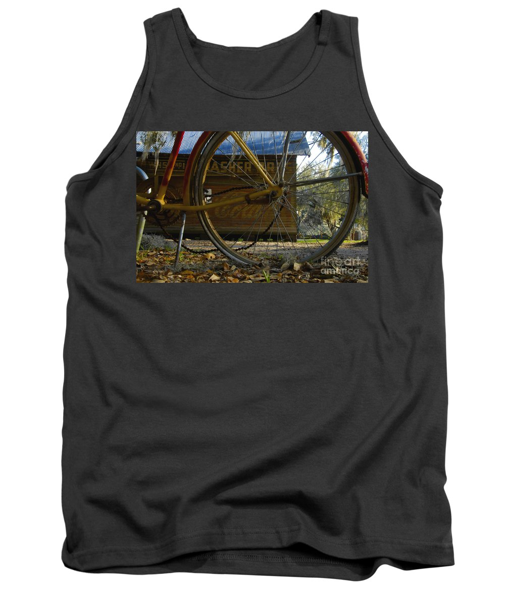 Bicycle Tank Top featuring the photograph Bicycle At Micanopy by David Lee Thompson