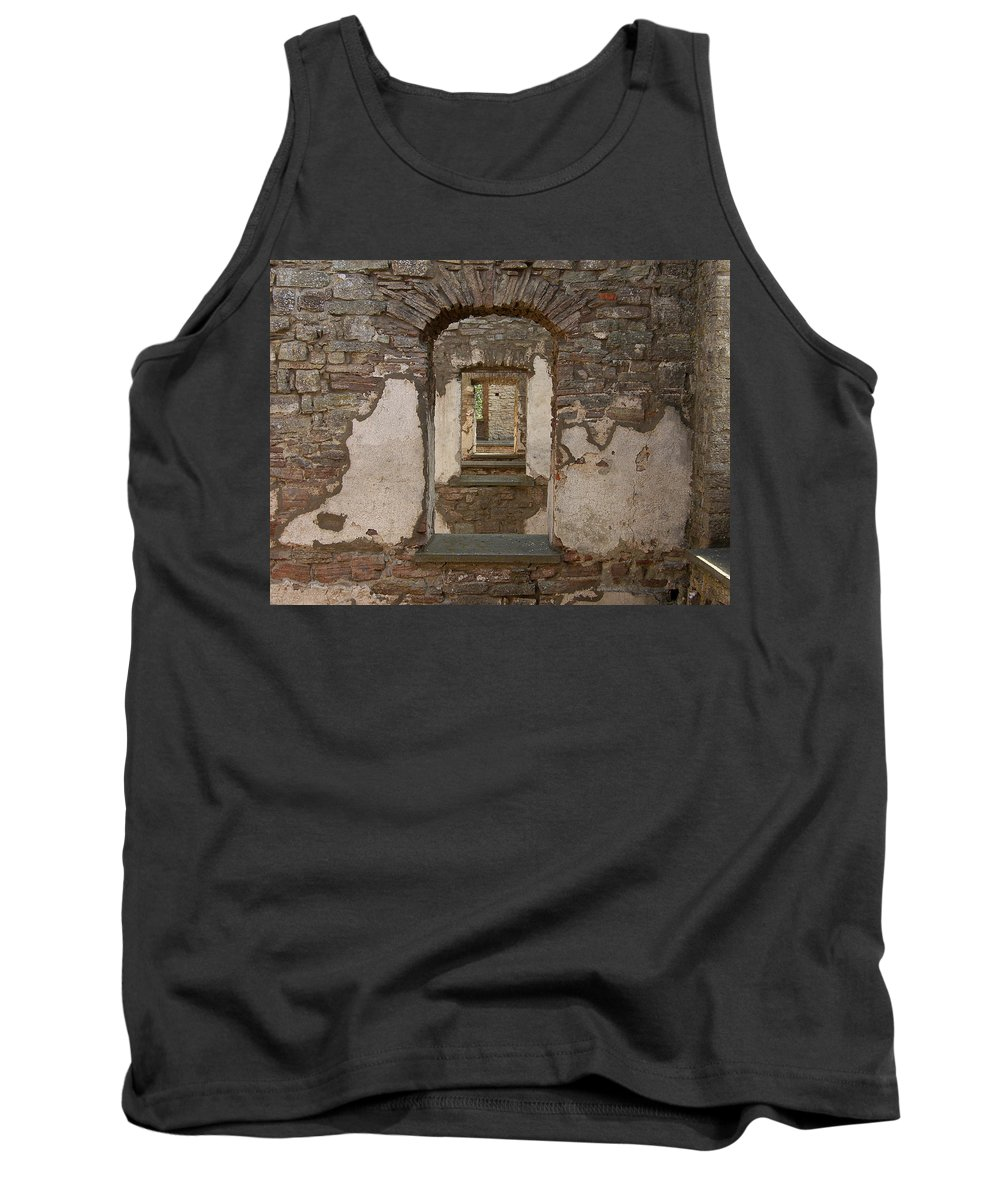 Arch Tank Top featuring the photograph Borgholm Castle by Are Lund
