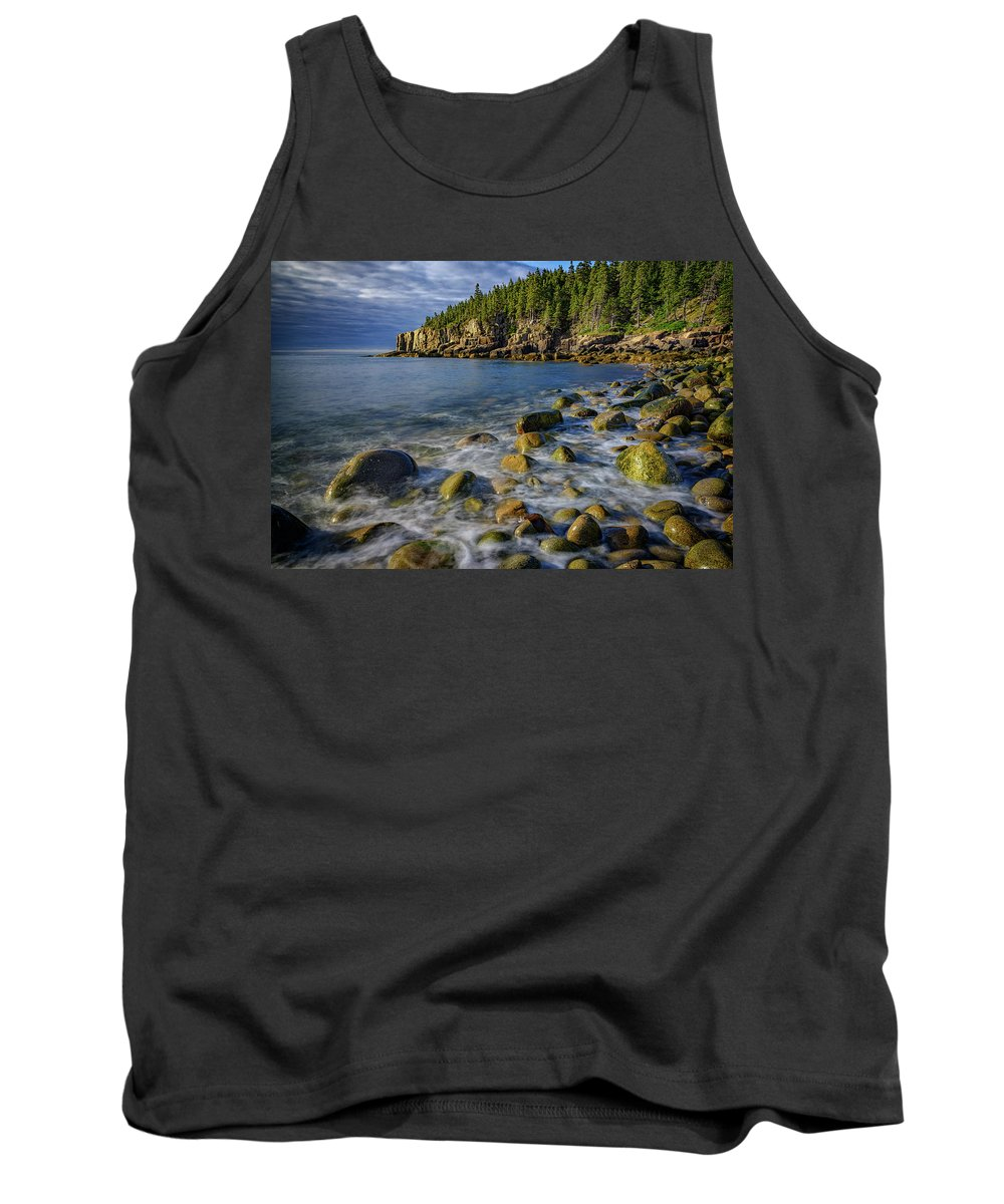 Maine Tank Top featuring the photograph Boulder Beach Morning by Rick Berk