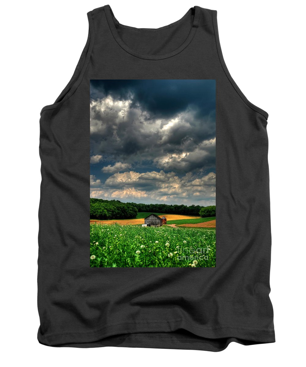 Old Barn Tank Top featuring the photograph Brooding Sky by Lois Bryan
