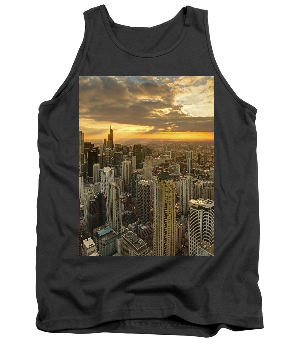 Chicago Tank Top featuring the photograph Chicago Evenings 2 by Ajit Pillai