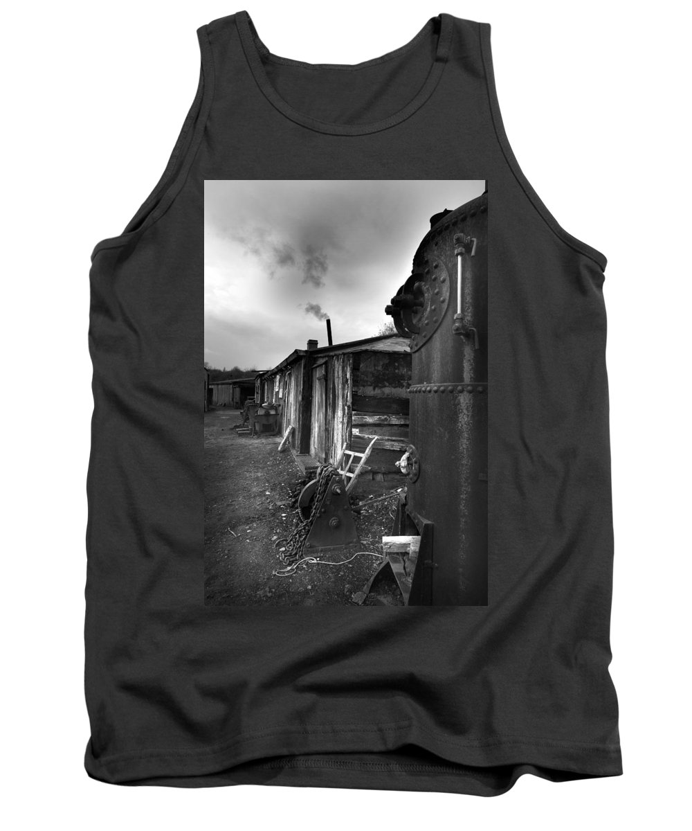 Shack Tank Top featuring the photograph Cool Shack by Bob Kemp