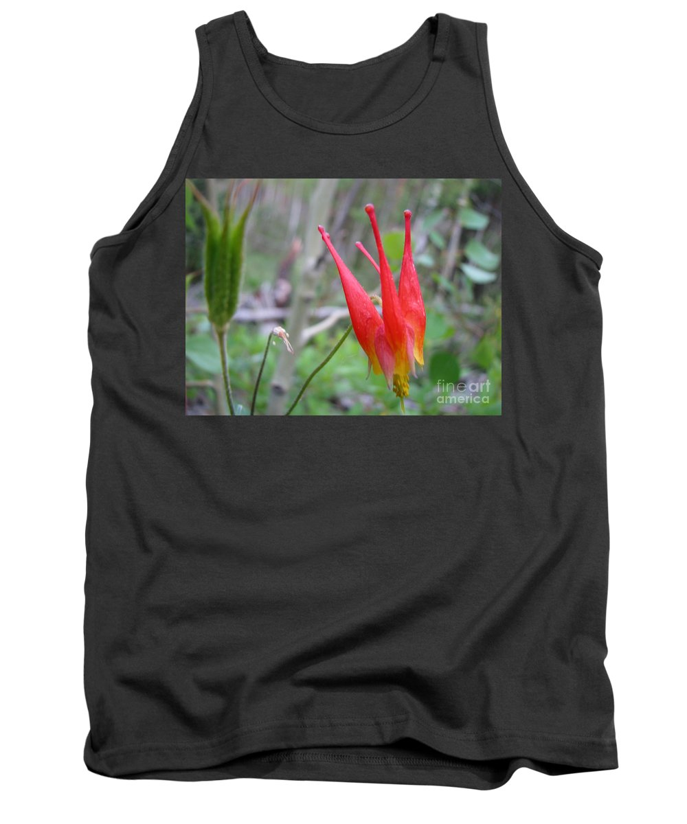Flowers Of Colorado Tank Top featuring the photograph Crown by Amanda Barcon
