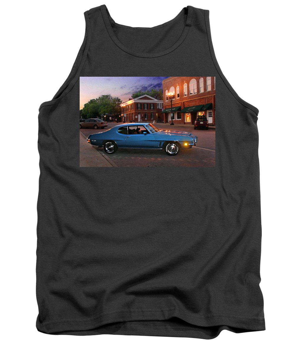 Landcape Tank Top featuring the photograph Cruise Night In Liberty by Steve Karol
