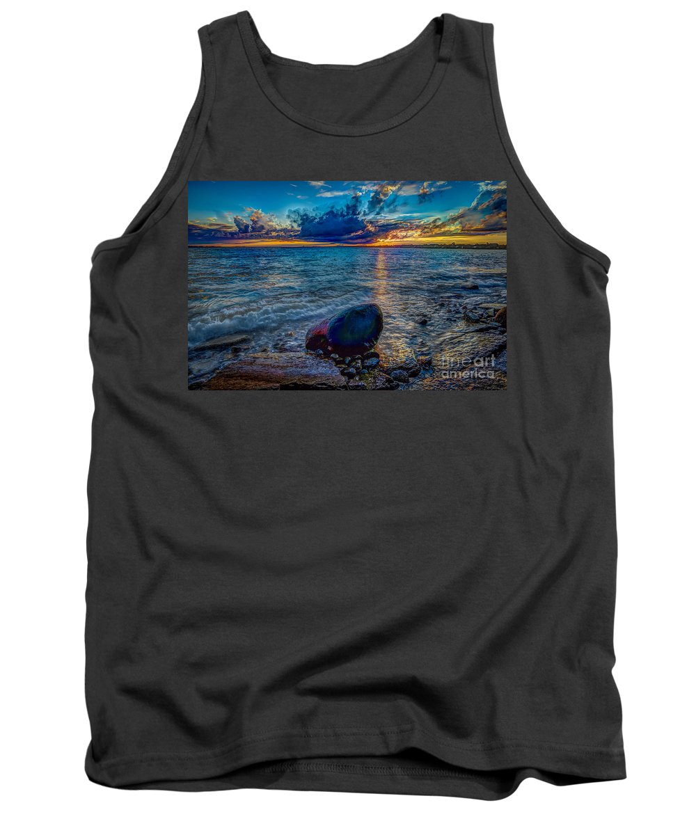 Beach Tank Top featuring the photograph Days End by Roger Monahan