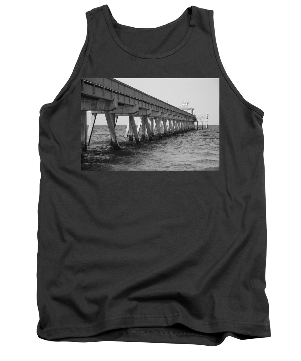 Architecture Tank Top featuring the photograph Deerfield Beach Pier by Rob Hans