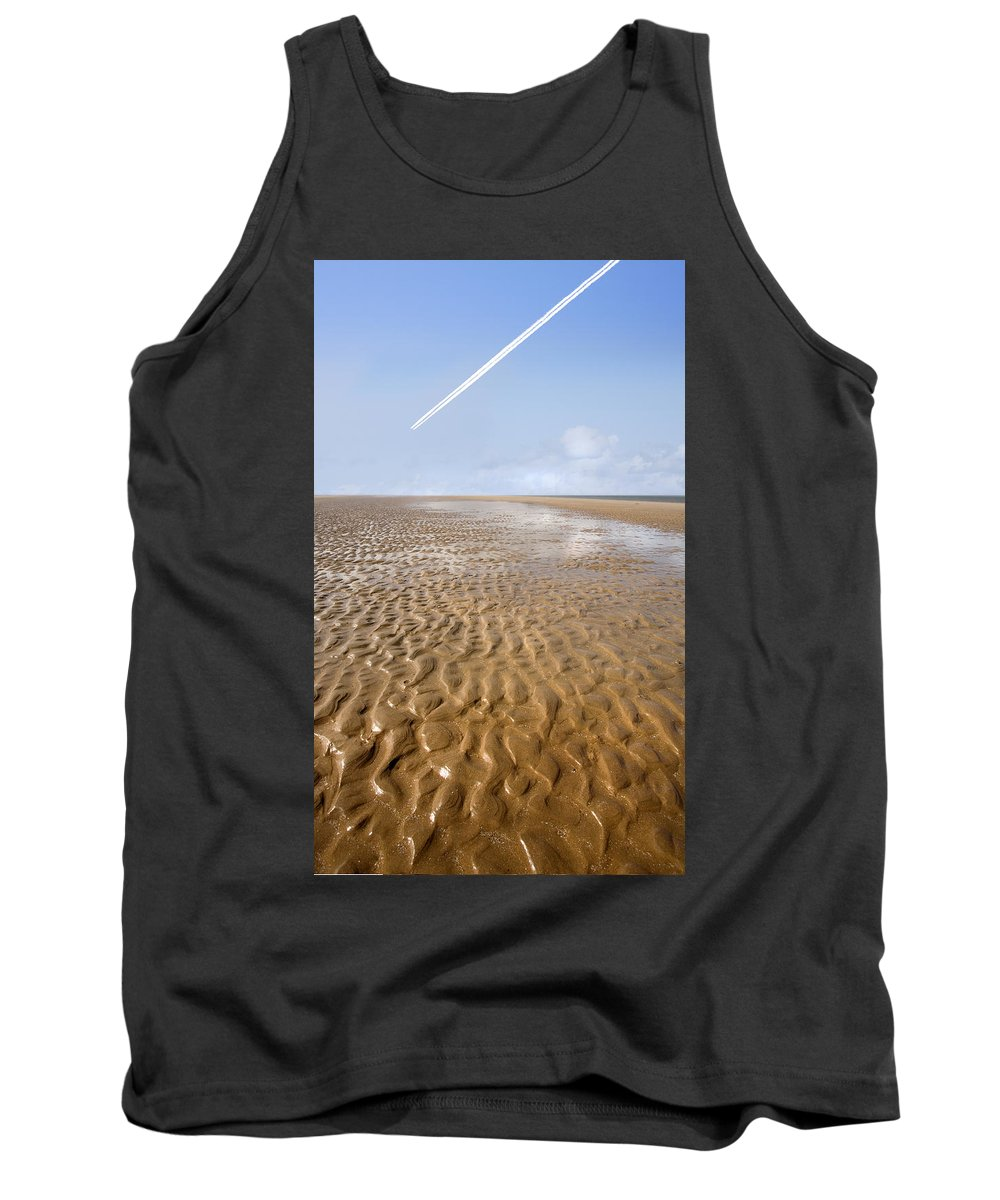 Travel Tank Top featuring the photograph Distant Horizon by Mal Bray