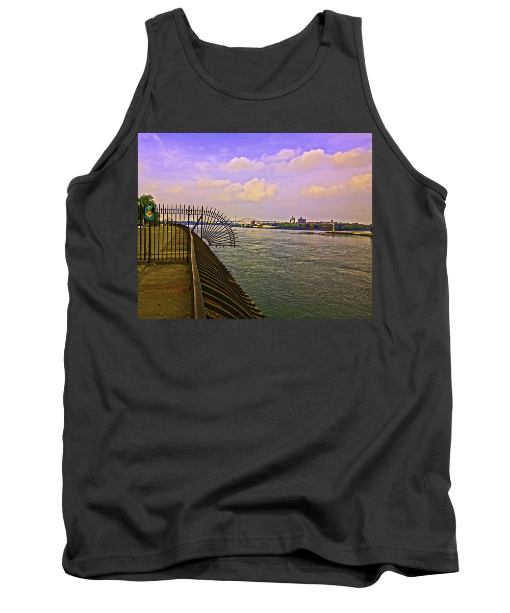 River Tank Top featuring the photograph East River View Looking North by Madeline Ellis