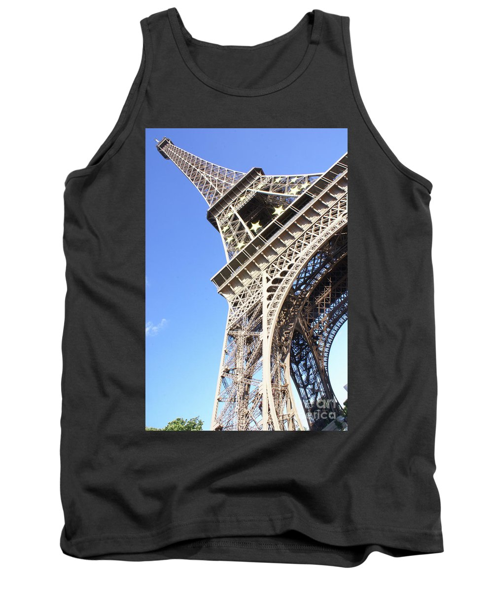 Paris Eiffeltower Eiffeltower France Tank Top featuring the photograph Eiffel Tower by Daniel Klein