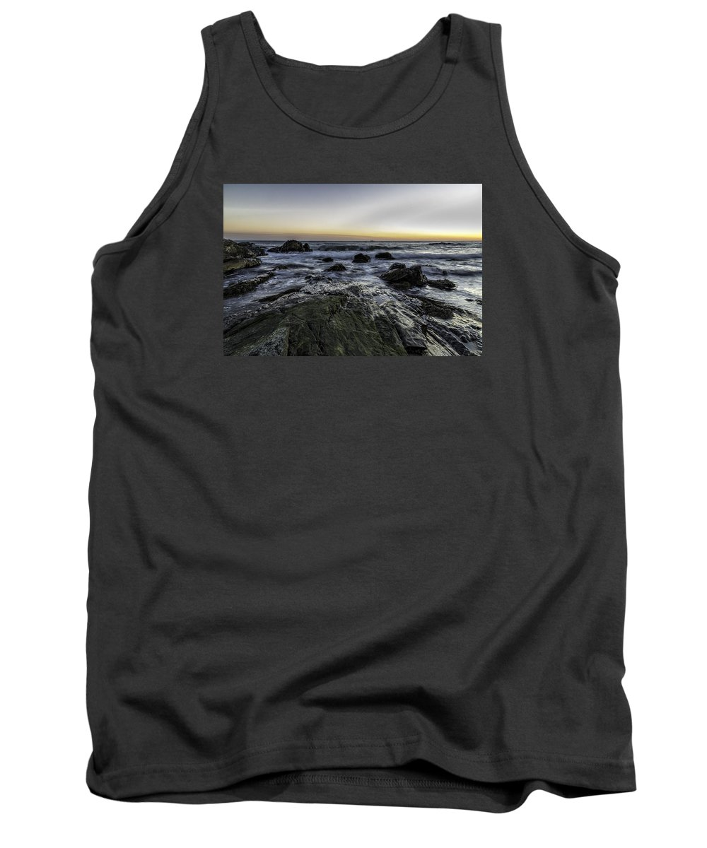 Sea Tank Top featuring the photograph Ending The Day by Luis Torres