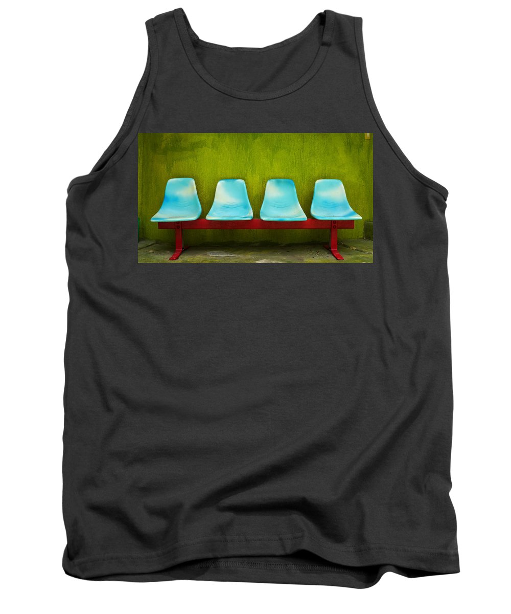 Skip Hunt Tank Top featuring the photograph Esperando by Skip Hunt
