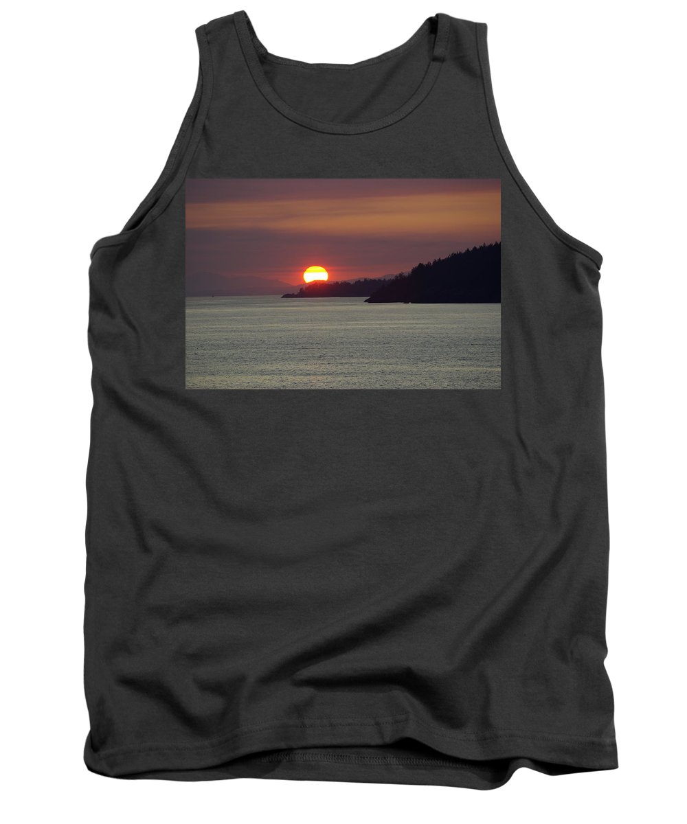 Sunset Tank Top featuring the photograph Ferry Sunset by Cindy Johnston