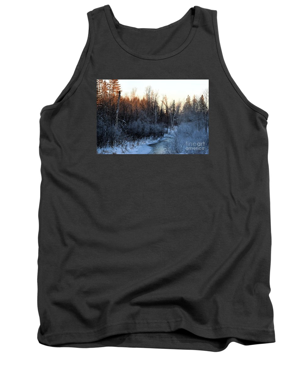 Brook Tank Top featuring the photograph Frigid Sunrise by William Tasker