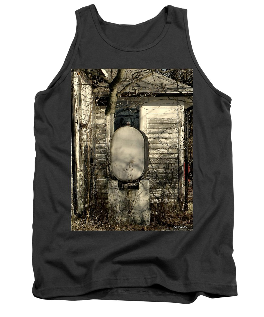Fueled By Oil Tank Top featuring the photograph Fueled By Oil by Ed Smith