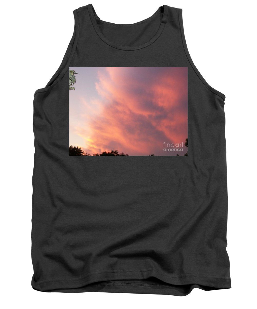 Nature Tank Top featuring the photograph Futile Faces by Stephen King