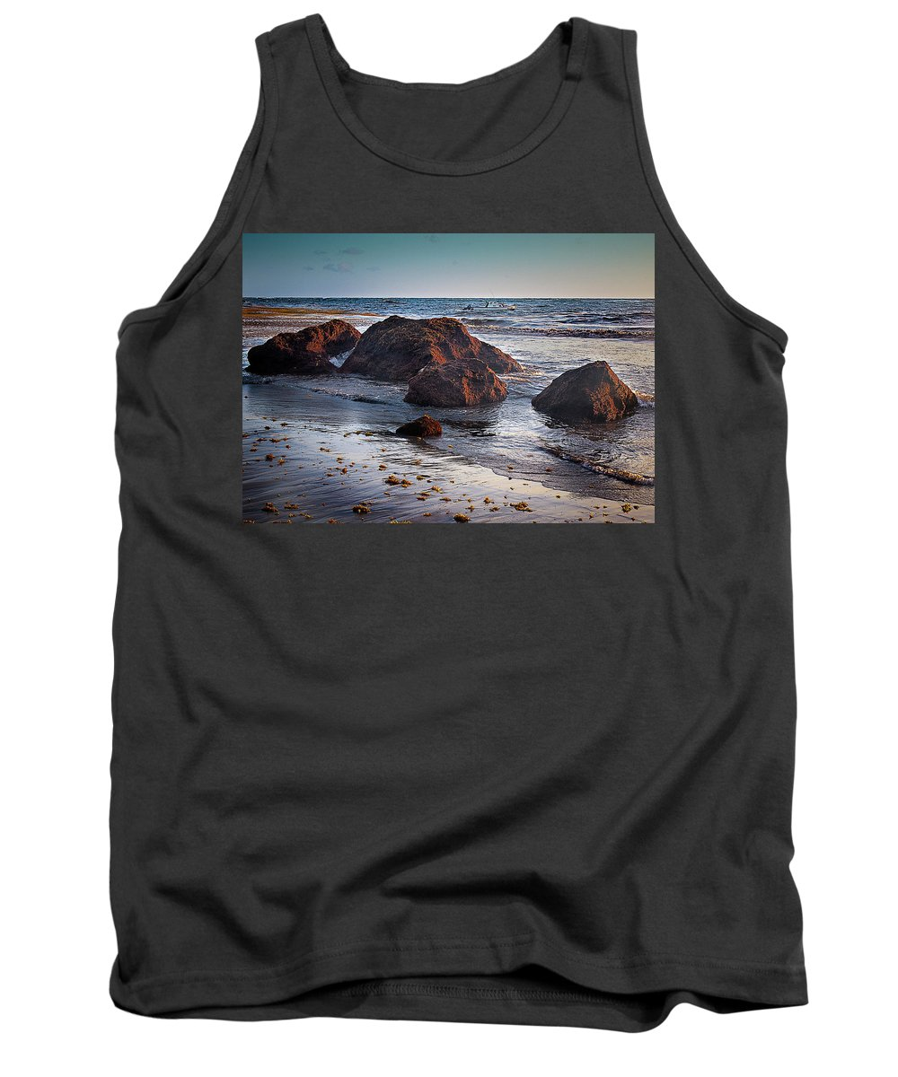 Sunrise Tank Top featuring the photograph Glow by Guy Roberts