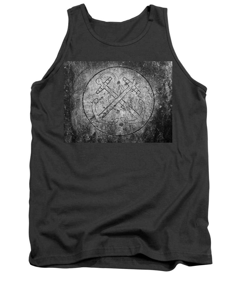 Irish Tank Top featuring the photograph Grave Of Cadet Soady Macroom Ireland by Teresa Mucha