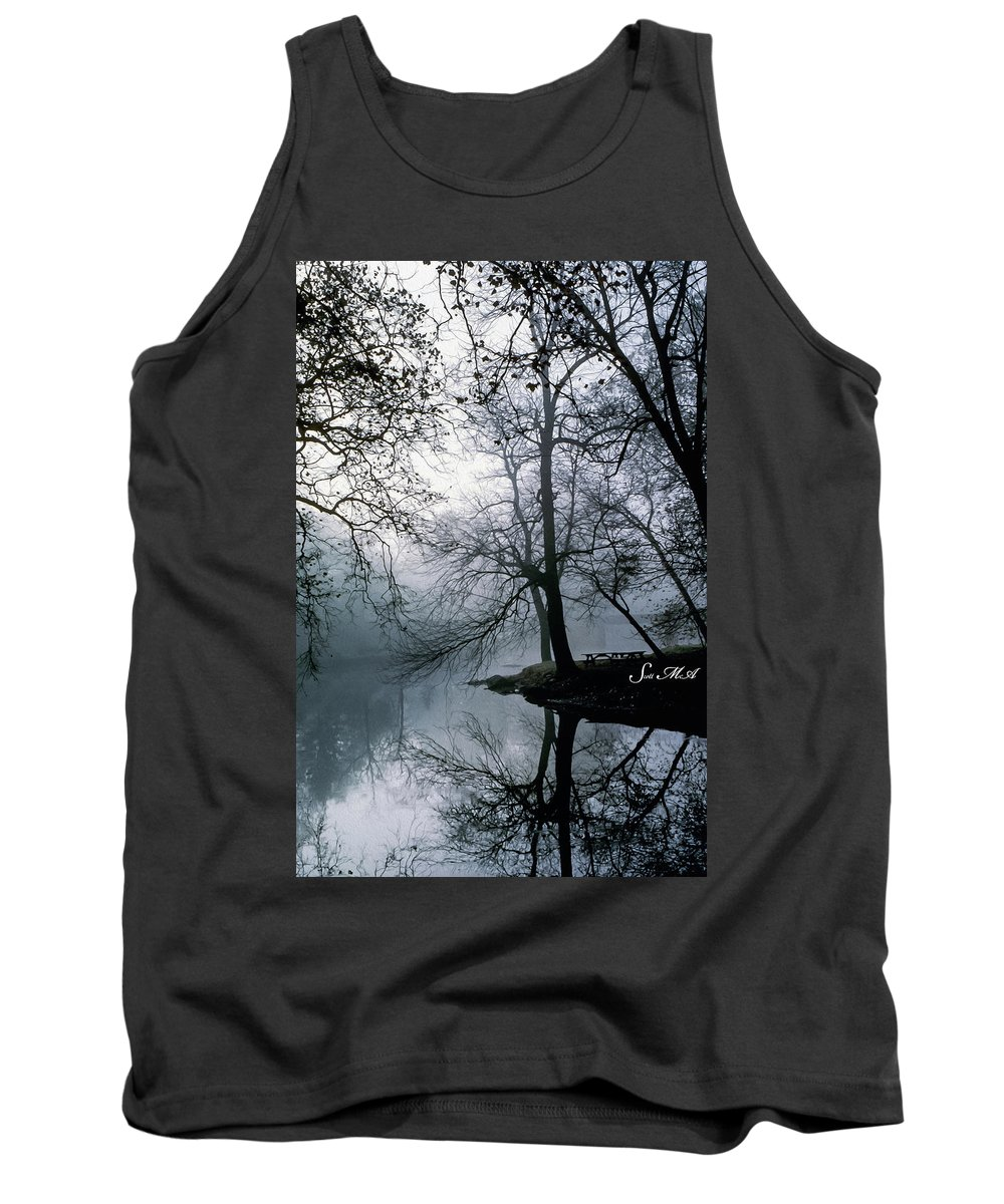 Grings Mill Recreation Area Tank Top featuring the photograph Grings Mill Fog 1043 by Scott McAllister