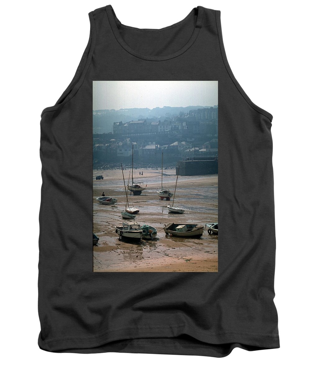 Great Britain Tank Top featuring the photograph Harbor IIi by Flavia Westerwelle