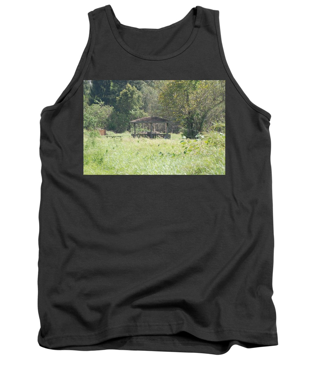 Grass Tank Top featuring the photograph Huppa In The Fields by Rob Hans