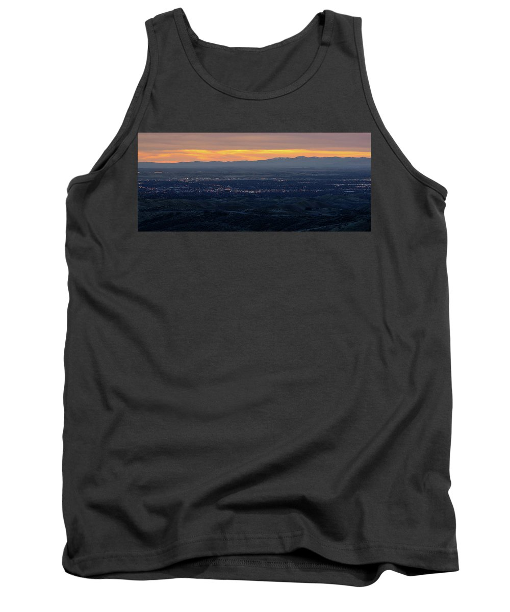Beautiful View Tank Top featuring the photograph Idaho Landscape No. 3 by Paul Thompson